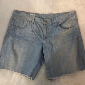 Gap boyfriend denim cutoff shorts size 12